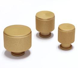 ידיות כפתור לארונות ומגירות דגם K-9093 פליז מט ב-3 גדלים