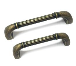 ידיות לארונות דגם 7026 במידות פליז עתיק