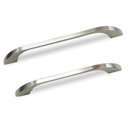 ידיות מודרניות למטבח דגם 7023 במידות ארוכות ניקל מוברש
