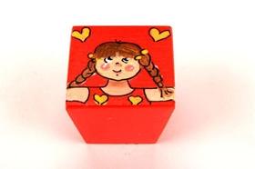 כפתור ילדה אדומה